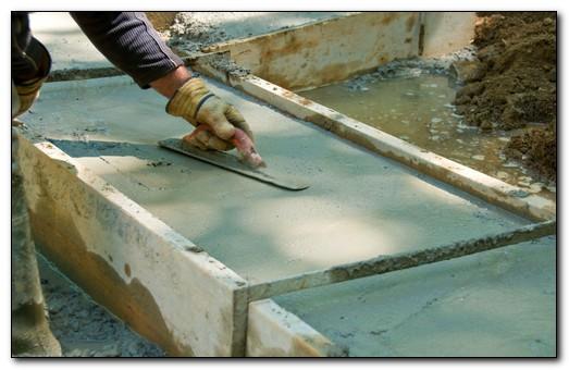 уход за бетоном летом