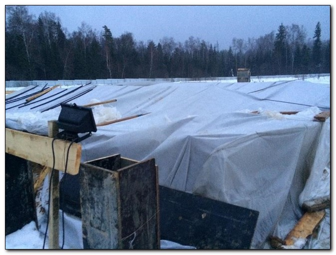 При какой температуре можно заливать бетон зимой