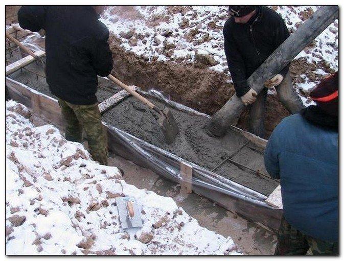 Что добавить в бетон при минусовой температуре